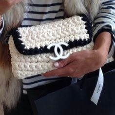 Chanel by tashsefton Knitted Bags, Crochet Bags, Bead Crochet, Leather And Lace, Handbag Accessories, Fashion Bags, Purses And Bags, Creations, Strands