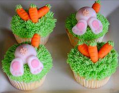 Easter cupcakes Easter Bunny Cupcakes, Easter Cookies, Easter Treats, Easter Cake, Spring Cupcakes, Holiday Cupcakes, Easter Deserts, Easter Celebration, Novelty Cakes