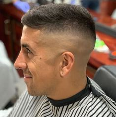 Funky Hairstyles, Short Haircuts, Haircuts For Men, Buzz Cuts, Side Swept, Barber Shop, Hair Ideas, New Look, Hair Cuts