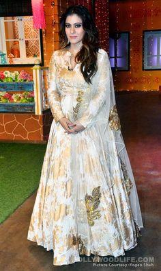 Anarkali Dress, Pakistani Dresses, Indian Dresses, Indian Outfits, Suit Fashion, Fashion Dresses, Gown Party Wear, Kids Gown, Kurta Designs Women