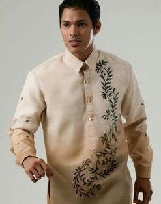 MyBarong : Barong Tagalog: The Traditional Filipino Men's Formal Wear Barong Tagalog, Filipiniana Dress, Modern Mens Fashion, Men Fashion, Best Tan, Men Formal, Wedding Men, Wedding Gowns, Green Lace