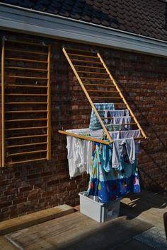 home accessories decor 741264419907308622 - Ik las net een artikel over uitstelgedrag in De Morgen. Net als zovelen heb ik er ongelooflijk veel last van. Maar ik kan wel met enige t… Diy Shoe Rack, Shoe Racks, Clothes Drying Racks, Hanging Clothes Racks, Diy Clothes Rack, Clothes Dryer, Laundry Room Design, Clothes Line, Home Organization