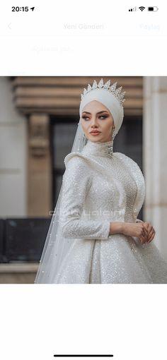 Bridal Hijab, Hijab Bride, Wedding Hijab, Best Wedding Dresses, Wedding Pics, Bridesmaid Dresses, Hijab Fashion, Fashion Outfits, Hijab Style Dress