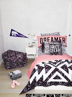 Sheet Set PINK JH-332-619 (2UQ) 64.99 Queen Brighten up your bedroom or dorm room with our colorful sheet set. A back-to-campus essential for every PINK girl. Only from Victoria's Secret PINK. Top sheet and fitted sheet Twin fits standard/twin XL Twin comes with single pillow case Full, queen and king-size sets come with two pillowcases Imported cotton
