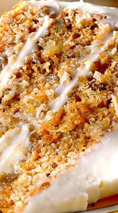 Easy recipe for simple carrot cake from scratch. This is the best and most moist carrot cake that you will ever make and includes photo instructions. Like Pioneer Woman or Paula Deen would make via Moist Carrot Cakes, Best Carrot Cake, Food Cakes, Cupcake Cakes, Carrot Cake Cupcakes, Just Desserts, Dessert Recipes, Desserts Oreo, Dinner Recipes