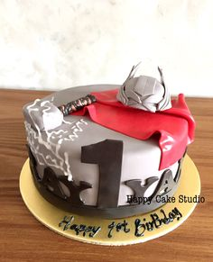 thor | Happy Cake Studio