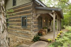Hearthstone Homes designed and built this custom hand hewn log home as a guest house for the Giles family, View the gallery and contact us to build your next custom log home. Tiny Cabin Plans, Diy Log Cabin, Small Log Cabin, Log Cabin Homes, Cozy Cabin, Cozy House, Log Cabins, Rustic Cabins, Cabin Ideas