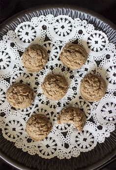 Candida Killing Cinnamon Cookies - Candida Cookies! Healthy sugar free candida cookies that are acceptable for the candida diet!