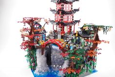 LEGO Ninjago Waterfall Temple