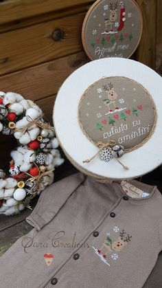 Sara Creations - set cadou Craciun brodat manual si coronita elemente natrale - Make it a December to remember - cross stitch Christmas set & Christmas wreath