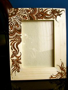 Henna frame created by Sara's Henna Wood Burning Crafts, Wood Burning Patterns, Wood Burning Art, Rock Crafts, Diy And Crafts, Wood Burn Designs, Pyrography Patterns, Wood Burner, Wood Picture Frames