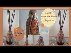 Cómo hacer un jarrón con una botella de plástico http://ini.es/1yMOIyY #BotellaDePlastico, #ComoHacerUnJarrón, #ReciclarBotellas