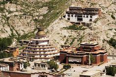 The Kumbum of the Palcho Monastery, Gyantse, Tibet  http://exploretraveler.com/ http://exploretraveler.net