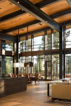 16 beeindruckende moderne Wohnideen www. - - 16 Beeindruckende moderne Wohnideen www. Contemporary Interior Design, Modern House Design, Wood House Design, Modern House Plans, Modern Mountain Home, Modern Lodge, Mountain Houses, Rustic Modern, Modern Luxury