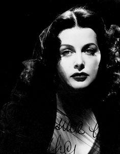 Hedy Lamarr, 1944