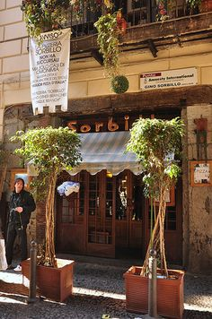 Sorbillo Pizzeria in Naples