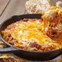 This casserole has all the warm, comforting flavors of the classic sloppy joe sandwich. This guide contains sloppy joe casserole recipes. Low Carb Vegetarian Recipes, Pizza Recipes, Potato Recipes, Casserole Recipes, Crockpot Recipes, Cooking Recipes, Healthy Recipes, Beef Skillet Recipe, Skillet Meals