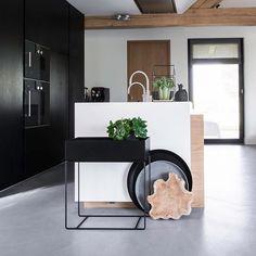 Shelves, Photo And Video, Kitchen, Planters, Dreams, Home Decor, R Color Palette, Houses, Shelving