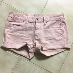 Madewell size 28 shorts In great condition!! Madewell Shorts