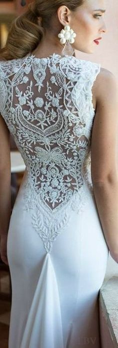 Lace back sleek wedding gown Dresses Elegant, Trendy Dresses, Beautiful Dresses, Nice Dresses, Awesome Dresses, Dresses Dresses, Gorgeous Dress, Bridal Gowns, Wedding Gowns