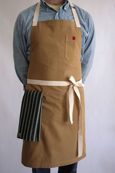 Curator - GINGER APRON, $80.00 (http://www.curatorsf.com/ginger-apron/)