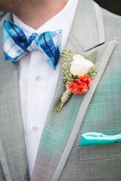 white boutonniere http://www.weddingchicks.com/2013/10/23/north-carolina-wedding/