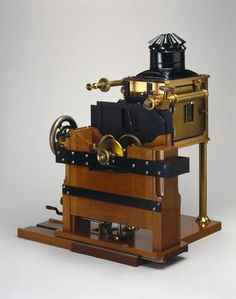 Muybridge's Zoopraxiscope, 1880. at Science and Society Picture ...