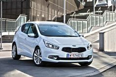 Todds of Campsie | Kia Ceed White 1