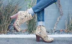 finally fall f/ topshop cape sweater, levi's & dr scholl's original collection leopard booties http://www.grasiemercedes.com/style-me-wears/finally-fall/