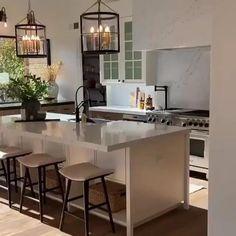 Luxury Kitchen Design, Kitchen Room Design, Home Decor Kitchen, Interior Design Kitchen, Kitchen Furniture, Home Kitchens, Kitchen Ideas, Küchen Design, Home Design