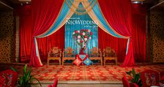 Chinese Wedding Wedding Stage, Wedding Show, Red Wedding, Chinese Wedding Decor, Oriental Wedding, Chinese Theme Parties, Queens Wedding, Asian Party, Old Shanghai