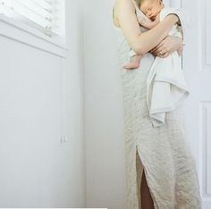 In love with this shot from Samantha Broderick! Still remember that amazing feeling of holding a newborn - just the best!