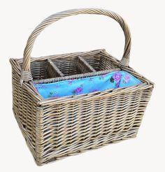 Grab your Large Cottage Rose Three Bottle Picnic Basket http://redhamper.co.uk/large-cottage-rose-three-bottle-picnic-basket/  #drinksbaskets #shoppingbaskets