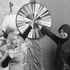 Gong Xi Fa Cai  @tamansariprospero   Jl. Kahuripan Raya Kav. 23-27 Sidoarjo  #tamansariprospero #wika #wikagedung #wikagedungproperty #apartment #sidoarjo #surabaya Surabaya, Hand Fan, Home Appliances, Instagram Posts, House Appliances, Appliances