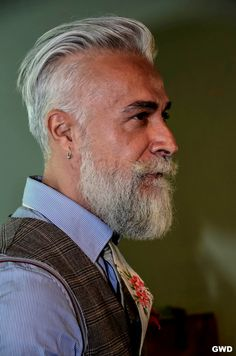 40 Most Demanding Older Men Hairstyles. mens fashion style men menswear daily over 50 Dress Well hair Trimmed Beard Styles, Beard Styles For Men, Hair And Beard Styles, Hair Styles, Older Mens Hairstyles, Hairstyles Haircuts, Haircuts For Men, Cool Hairstyles, 2018 Haircuts