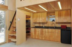 E.D.G.E Prefabricated Retreat or Residence   Tiny House Design