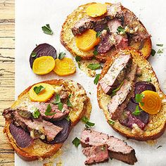 Baby Beet and Flank Steak Salad Dijon Serve up juicy flank steak in a colorful new format by pairing it with sweet baby beets on toasty Parmesan-crusted French bread. A homemade honey-mustard vinaigrette makes the meat taste deliciously gourmet. Grilling Recipes, Beef Recipes, Cooking Recipes, Healthy Recipes, Gourmet Cooking, Top Recipes, Healthy Dishes, Party Recipes, Salad Recipes