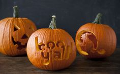 Pumpkin Carving Pointers and Patterns on PaulaDeen.com