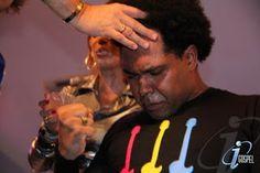 Thalles Roberto foi ungido pastor da Igreja Renascer em Cristo (Veja Vídeo)