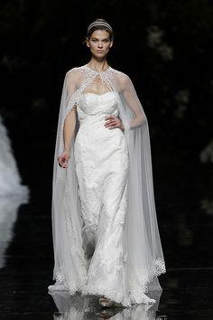 URARTE - Pronovias 2013 Bridal Collection, via Flickr.