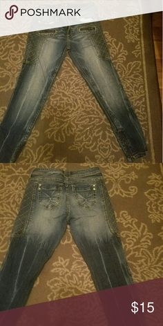 Denim Skinny Jeans Denim Skinny Jeans with gold stitching & zips on the side TeAmo Jeans Skinny