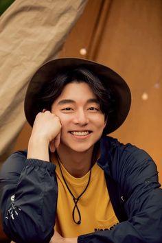 Gong Yoo Smile, Yoo Gong, Asian Actors, Korean Actors, Korean Dramas, Goong Yoo, Goblin Gong Yoo, Coffee Prince, Smiling Man