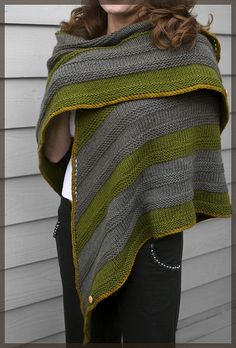 Ravelry: Charisa's Simple yet effective shawl, free pattern