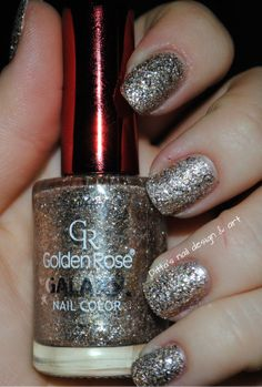 Nailpolis Museum of Nail Art | golden rose galaxy nr.17 Swatch by Ditta