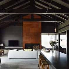 Black House | Canny Architecture