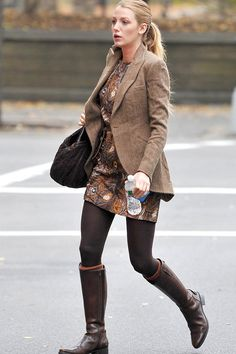 Silk and Spice: Get The Look: Gossip Girl Style - Serena Van Der Woodsen Gossip Girls, Estilo Gossip Girl, Gossip Girl Outfits, Gossip Girl Fashion, Gossip Girl Style, Blake Lively Outfits, Blake Lively Street Style, Blake Lively Style Casual, Blake Lively Fashion