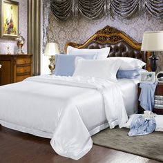 19 Momme Seamless Silk Bedding Set White (2)   http://www.snowbedding.com/   Snow Bedding offers a wide range of silk bedding products: silk filled duvet/ comforter, silk pillows, silk sheets, silk bedding sets in different styles and colors.  #silkbedding #silksheets #silkluxurybedding #silkbeddingsets #luxurybedding #chinesesilkbedding #satinbedding #silkcomforters #silkbeddingcostco