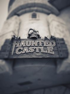 Haunted Castle | Santa Cruz Beach Boardwalk | USA #beachboardwalk