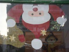 ...Το Νηπιαγωγείο μ' αρέσει πιο πολύ.: Χειμωνιάτικη και χριστουγεννιάτικη διακόσμηση των παραθύρων του σχολείου μας