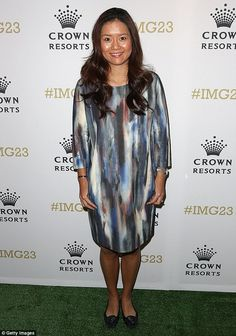 Something to tell us?Retired Chinese tennis star Li Na joked on the red carpet that she w...